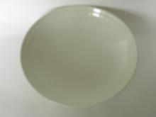 Oliivi -pastalautanen valkoinen