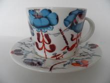 Korento kahvikuppi ja aluslautanen sininen Iittala