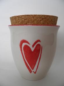 Jar red Heart Pentik