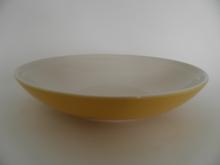 Oliivi -pastalautanen keltainen Kermansavi