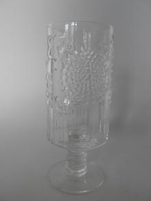 Flora -jalallinen lasi kirkas