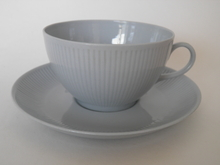 Sointu teekuppi ja aluslautanen siniharmaa Arabia