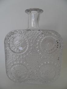 Grapponia -pullo kirkas Nanny Still