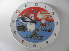 Wall Clock Comet in Moominland Arabia