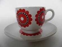 Kahvikuppi ja aluslautanen punainen kukka Arabia MYYTY
