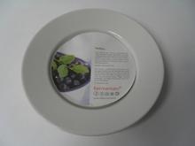 Neilikka lautanen 17 cm valkoinen