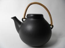 Teekannu musta Ulla Prcopé