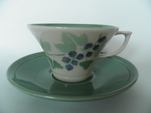 Viinimarja Tea Cup and Saucer