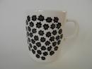 Puketti Mug Black Flowers Marimekko
