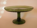 Kara Footed Plate green