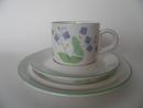 Nurmitädyke kahvikuppi ja 2 lautasta Arabia MYYTY