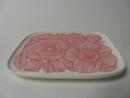 Kurjenpolvi lautanen vaaleanpunainen Marimekko