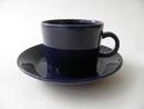 Kahvikuppi ja aluslautanen sininen Teema