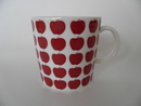Apple Mug dark red Heini Riitahuhta